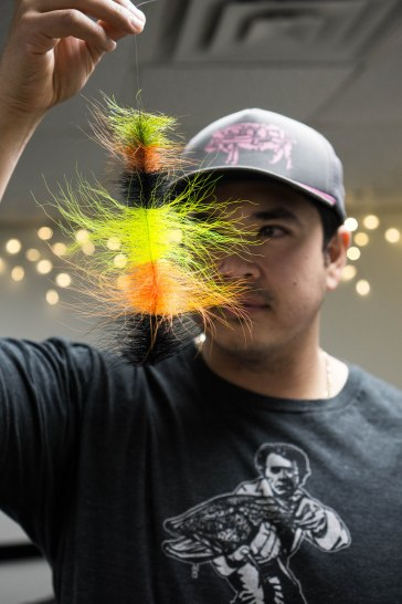 Justin Carf checking out Brad's bucktail brush