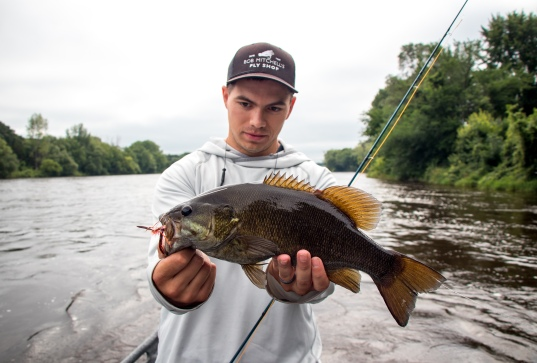 minnesota fly fishing, smallmouth bass, fly fishing, mississippi river